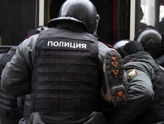 В Москве двое полицейских задержаны за взятку в 15 млн рублей
