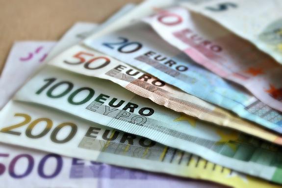 МЭР: Россия поддерживает план ЕС по усилению роли евро