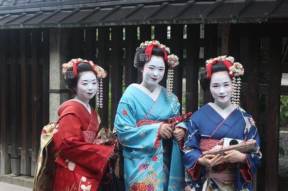 Власти Японии ввели налог на выезд из страны