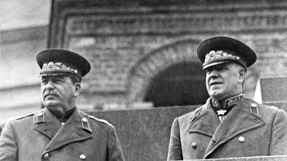 Маршал Жуков послал генералиссимуса Сталина, и остался без награды