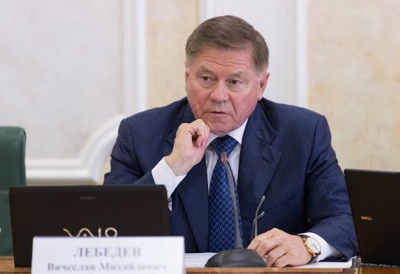 «Слив» особого назначения: кто и зачем предрекает отставки высших чиновников