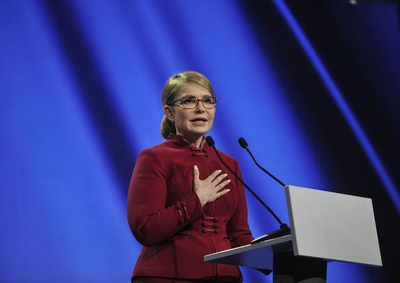 Политолог обозначил единственный шанс Тимошенко одолеть Порошенко на выборах