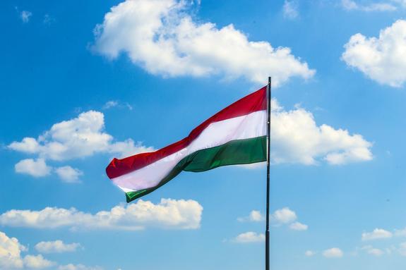 Глава МИД Венгрии высказался о лицемерии в отношении России