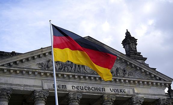 Жители Германии видят большую опасность в США, чем в России