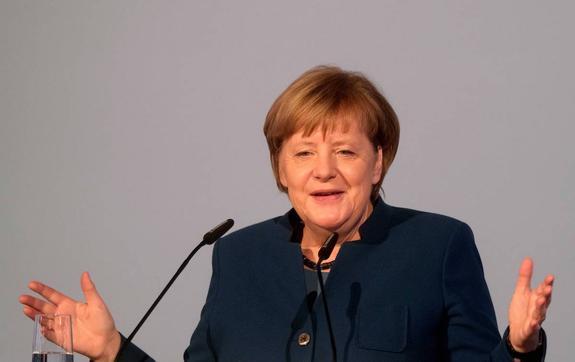 """СМИ: Ангелу Меркель беспокоит позиция США по """"Северному потоку – 2"""""""