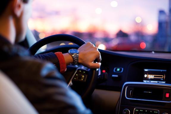 Автомобильный эксперт: Водителей надо учить, а не наказывать
