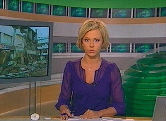 У руководства НТВ спросили, зачем у телеведущих такой глубокий вырез на декольте