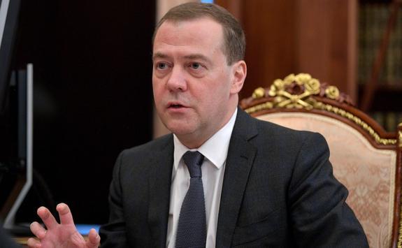 """Медведев: """"Северный поток – 2"""" не заменит транзит газа через Украину"""