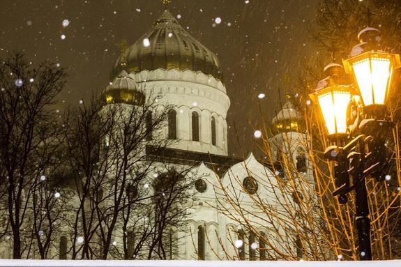 На Москву обрушился мокрый снег