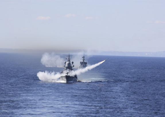 РФ вошла в число ключевых экспортеров вооружения в мире