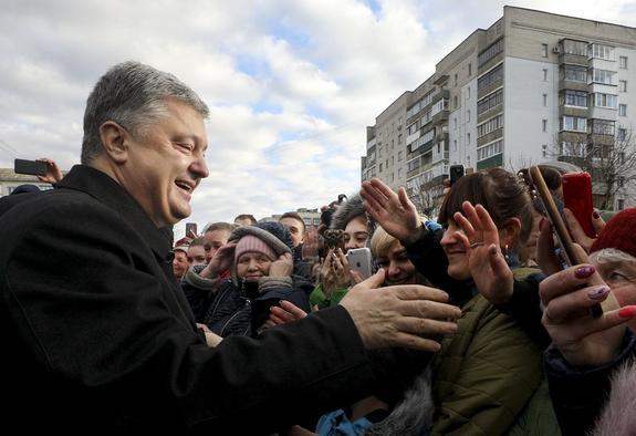 Выявлены козыри Порошенко в борьбе с Зеленским и Тимошенко на выборах президента