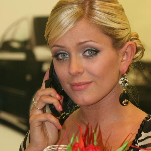 Родные и менеджер Юлии Началовой не комментируют слухи об отеке мозга