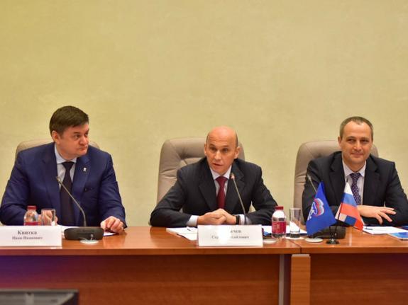 «Единороссы» назначили ответственных за выборы на Урале