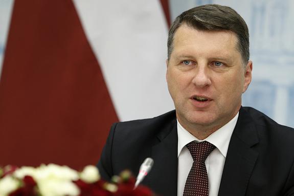 Президент Латвии: следует искоренить статус «негражданин» у детей неграждан