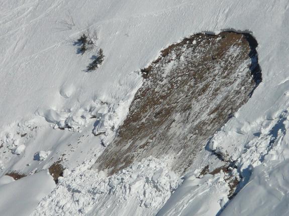 Росгидромет предупредил о сходе лавин в горах Северного Кавказа