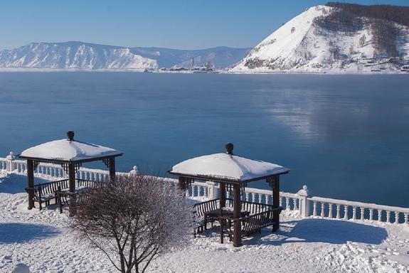 Эксперт: Продажа воды из Байкала – государственная измена