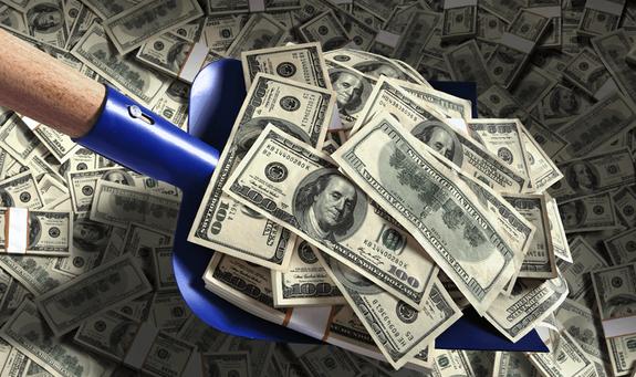 """Forbes назвал самых богатых олигархов с """"живыми деньгами"""""""