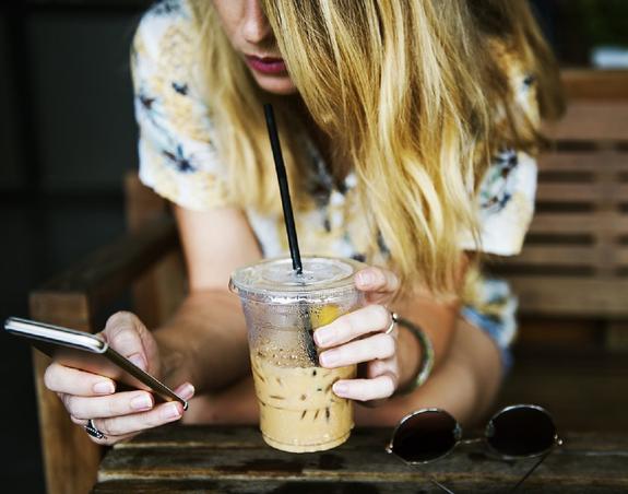 Эксперт: Получить услуги связи без сим-карты можно будет уже в 2020 году