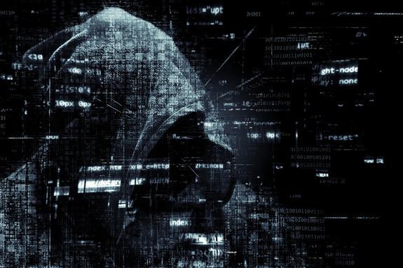 На Украине киберполиция кого-то поймала, но сказала, что русских хакеров