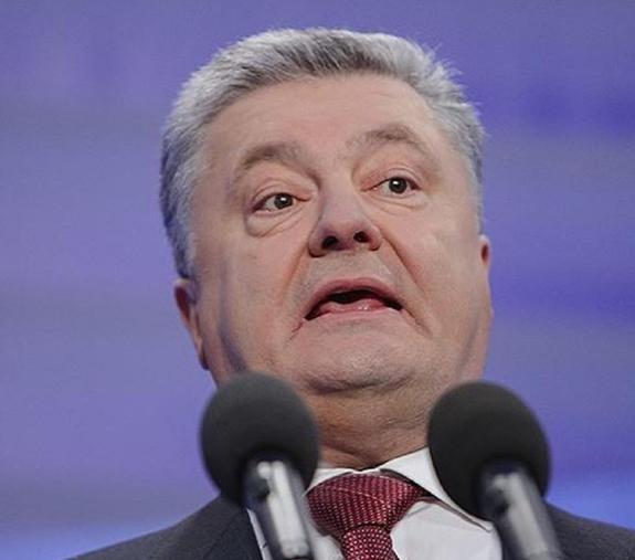 """Порошенко обвинил Бойко и Медведчука в том, что они """"побежали к Путину"""""""