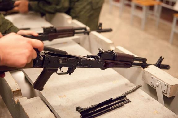 Украинская полиция отказывается от АК, ПМ и ТТ