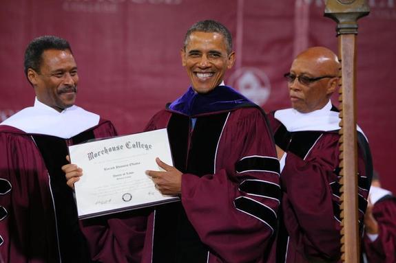 Барак Обама купил диплом Гарварда