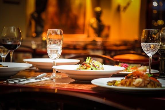 Турист из Великобритании в 90 раз переплатил за ужин в одном из ресторанов Таиланда