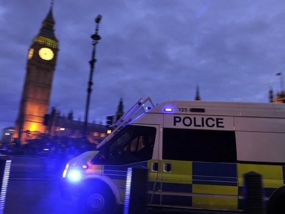 В Лондоне неизвестный атаковал машину посла Украины, район посольства оцеплен