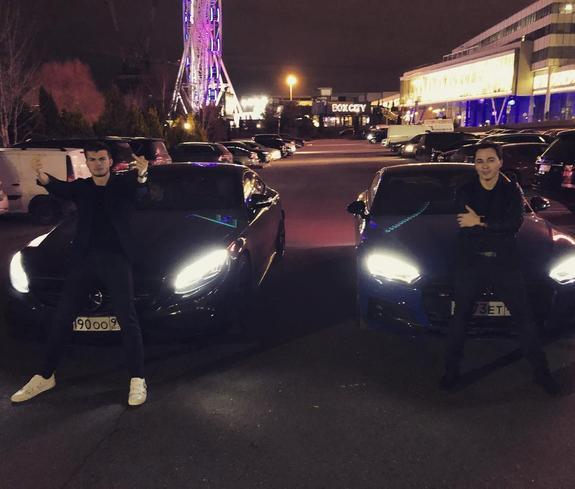 Удачная покупка младшего сына Олега Газманова. Откуда у 21-летнего парня деньги на автомобиль за 15 миллионов?