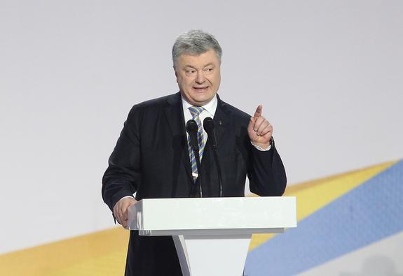 Политолог определил выгоду России от победы Порошенко на выборах лидера Украины