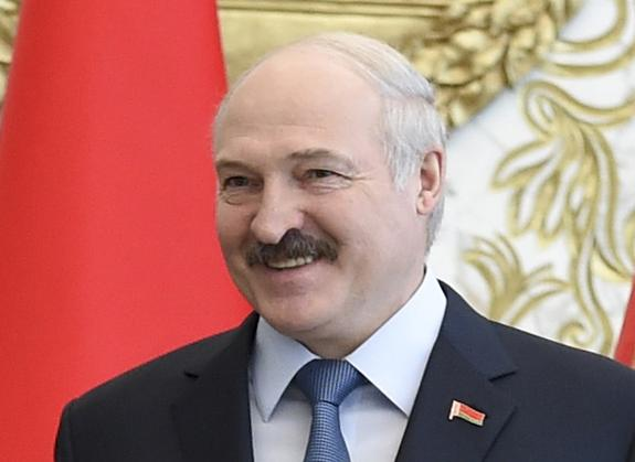 Лукашенко: Белоруссия реагирует на критику со стороны Запада спокойно