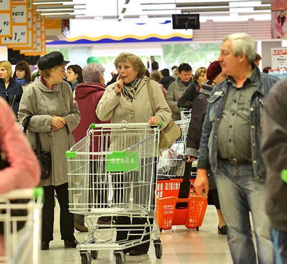 В Мособлдуме призвали запретить магазинам выдачу бесплатных пакетов
