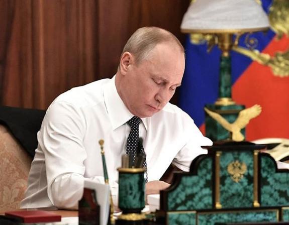 Владимир Путин подписал закон о запрете хостелов в жилых помещениях