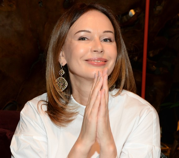 Актриса Ирина Безрукова сильно удивила пользователей сети фото без макияжа