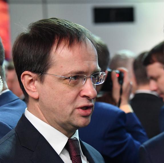 Мединский после просмотра  «Игры престолов» выразил надежду, что скоро российские сериалы достигнут мирового уровня