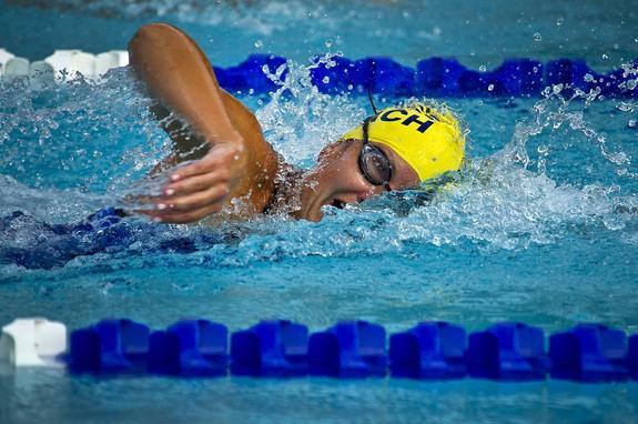 На чемпионате России 14-летняя пловчиха Евгения Чикунова  показала лучший  результат, чем у Юлии  Ефимовой
