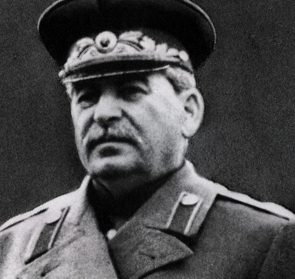 Опрос показал: все больше россиян  стали с уважением относиться к Сталину