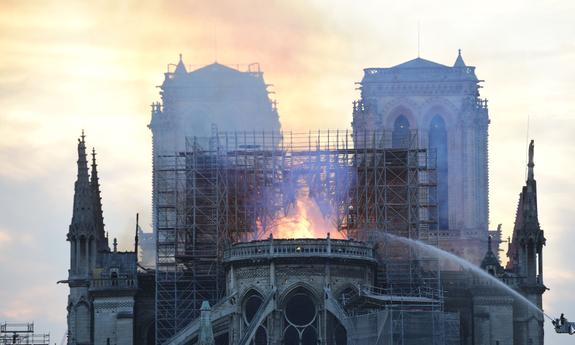 Восстановить Нотр-Дам возможно, считает архитектор