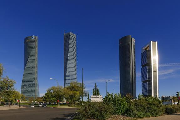 В Мадриде эвакуировали 235-метровый небоскреб