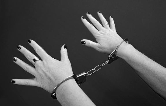 Женщина отправится под суд за месть насильнику