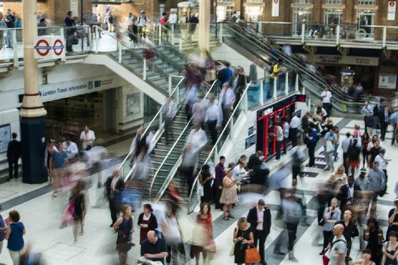 В лондонском метро отключили Wi-Fi из-за угроз экологов