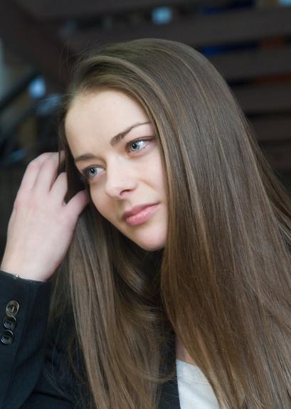 Актриса Марина Александрова без макияжа выглядит на 16 лет