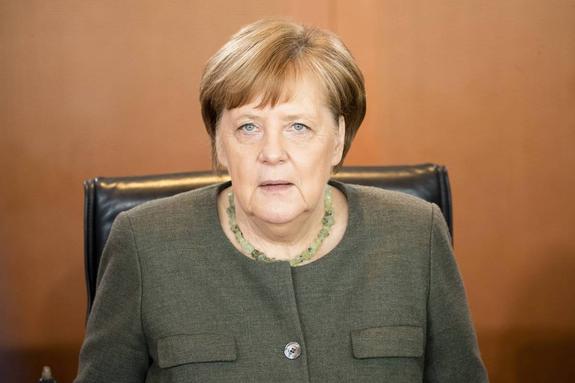 Глава Еврокомиссии не исключил, что Меркель может занять руководящий пост в ЕС