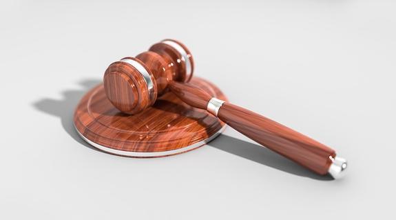 Суд отклонил иск об отмене регистрации Зеленского кандидатом на пост президента