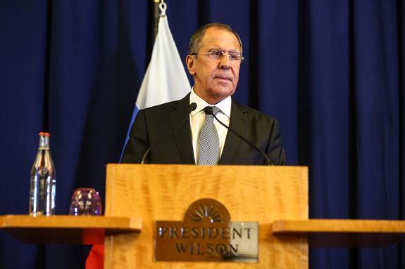 Лавров заявил, что без сильной армии вести переговоры нельзя