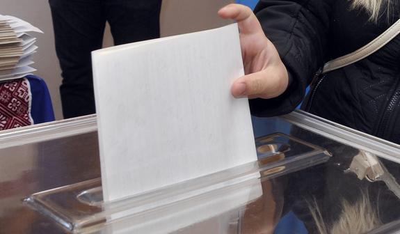 Мужчина скончался на избирательном участке в Украине
