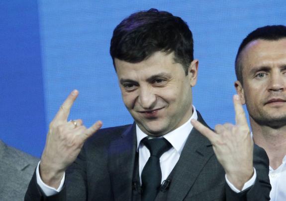 Порошенко признал победу Зеленского во втором туре президентских выборов