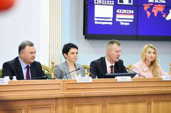 ЦИК Украины после обработки 100%  протоколов обнародовал окончательные результаты  выборов президента