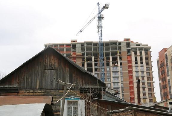 Для переселения из ветхого жилья выделено более четырёх миллиардов