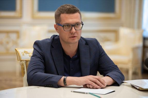 """Зеленский напомнил руководителю студии """"Квартал 95"""", что он глава СБУ"""
